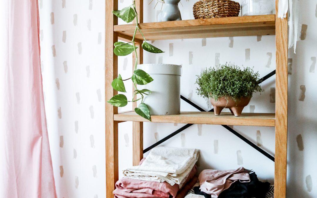 DIY: Stenski vzorci s kuhinjsko gobico (neverjetno enostaven in hiter način popestritve stene)