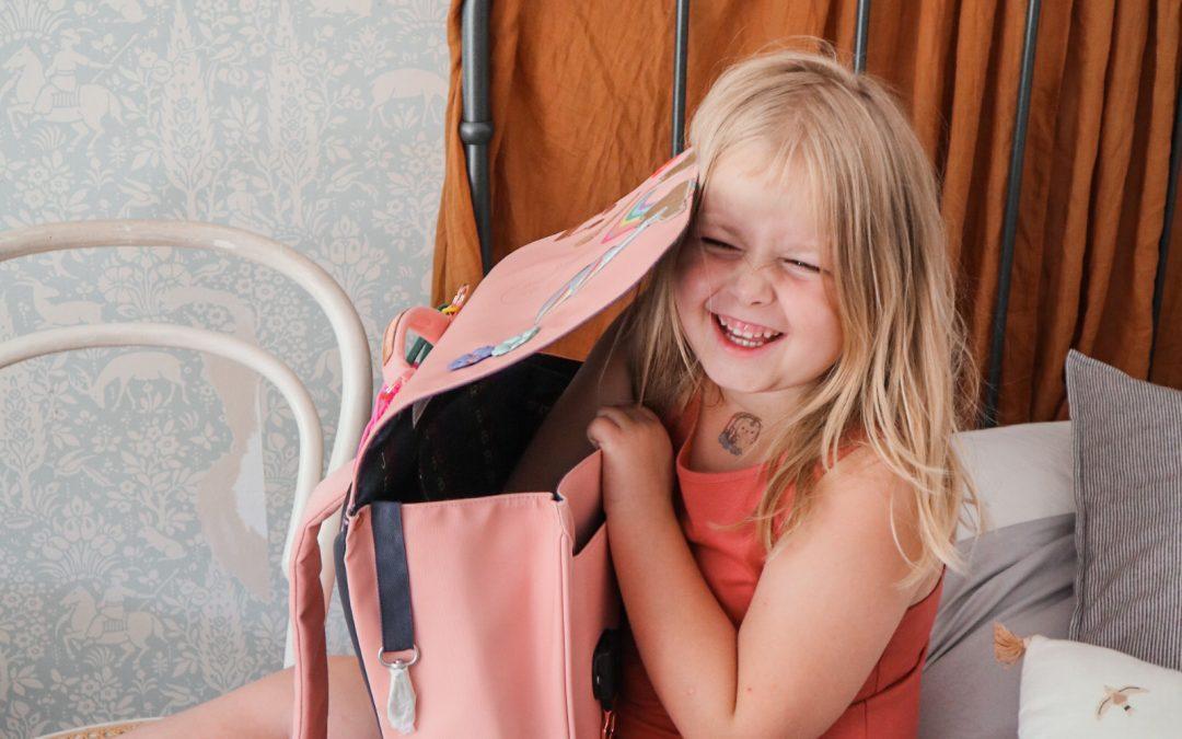 V šolo z najlepšo torbo! Jeune Premier It bag midi.